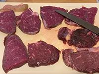 Gegrilltes Fleisch mit Salmoriglio_b