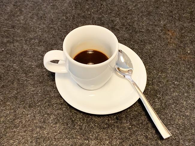 Kaffee mit Mandelmilch